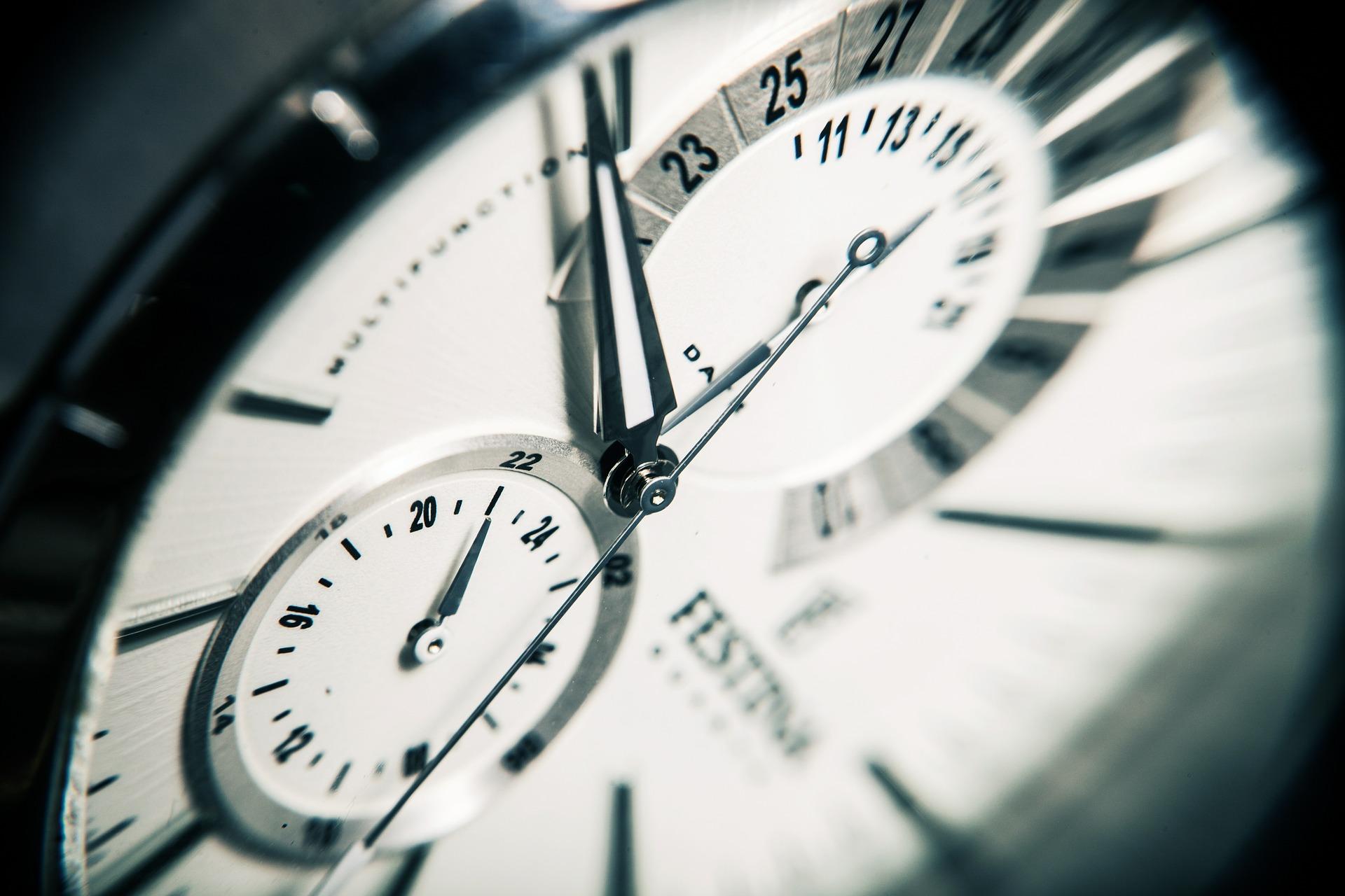 clock-407101_1920