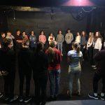 Představení R.U.R. a workshop v Divadle 21