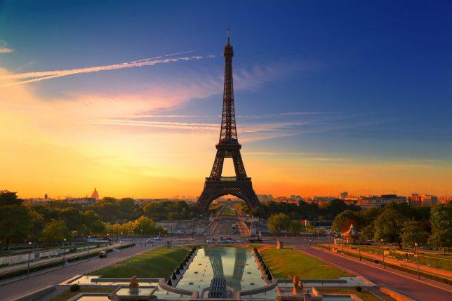 Zrušení zájezdu do Paříže