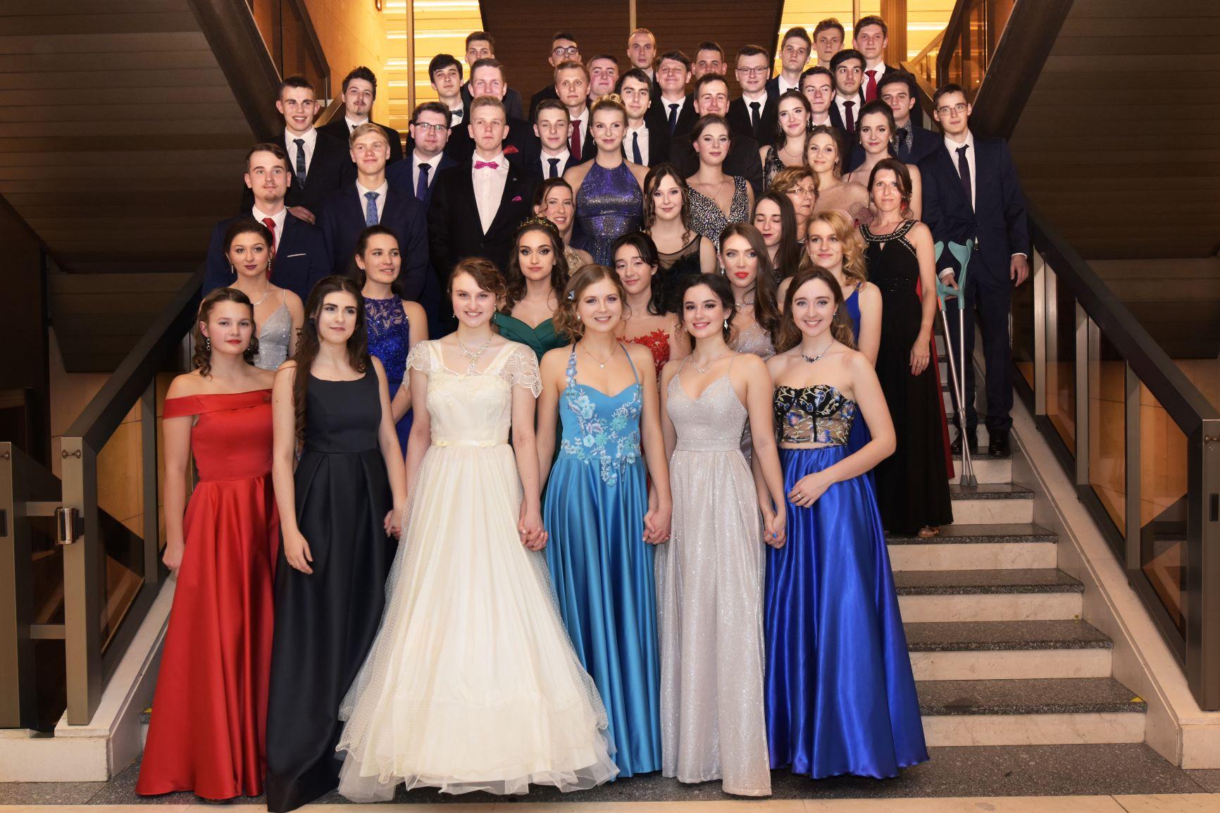 Maturitní a imatrikulační ples Gymnázia Chodovická